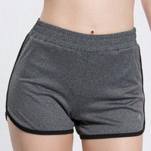 Модные женские спортивные шорты с эластичным поясом и яркой окантовкой